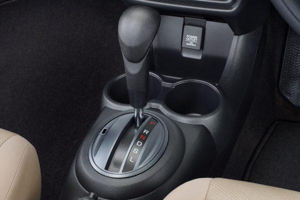new honda mobilio kudus, kredit honda mobilio, promo honda mobilio, service new mobilio, Eksterior New Honda Mobilio, Interior New Honda Mobilio, New Honda Mobilio Tipe S M/T, New Honda Mobilio Tipe E CVT, New Honda Mobilio Tipe E MT, New Honda Mobilio Tipe RS (CVT & M/T), spesifikasi New Honda Mobilio 2019